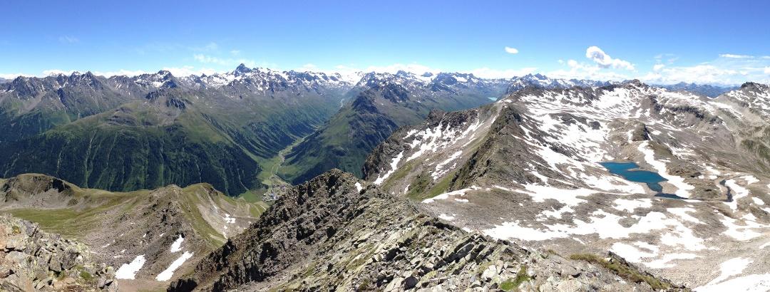 Panoramablick von der Gaisspitze