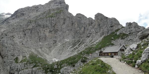 Il rifugio Sonino al Coldai