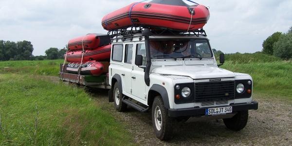 NABU Buch Anfahrt zur Elbe mit den Schlauchbooten