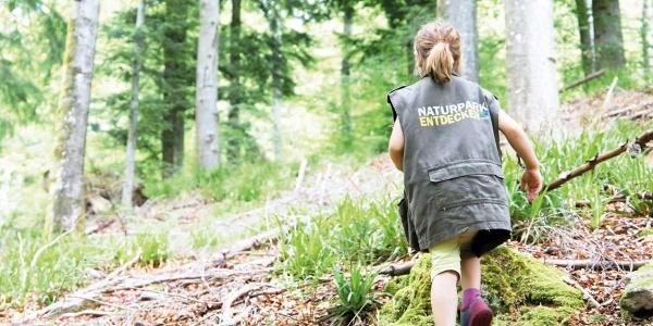 Mit der Entdeckerweste unterwegs auf dem Pirschpfad in Bad Peterstal-Griesbach