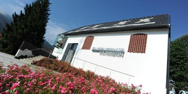Der Museumshof am  angrenzenden Marktplatz