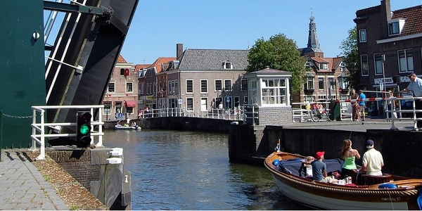 Kanalbrücke in Weesp