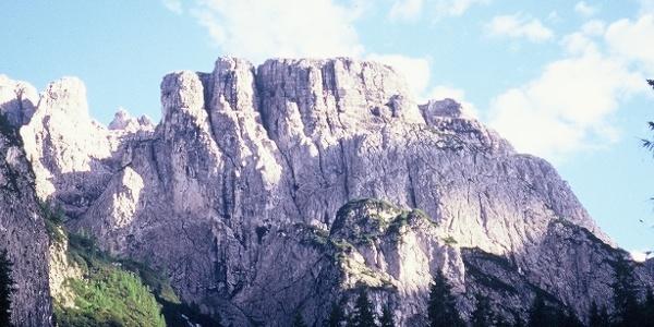 La complessa parete nord del monte Hoberdeirer