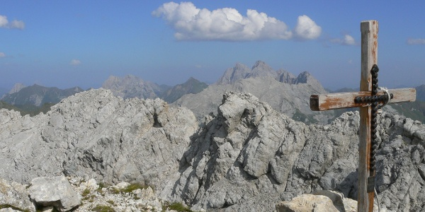 Panorama verso il gruppo Cogliàns-Chianevate