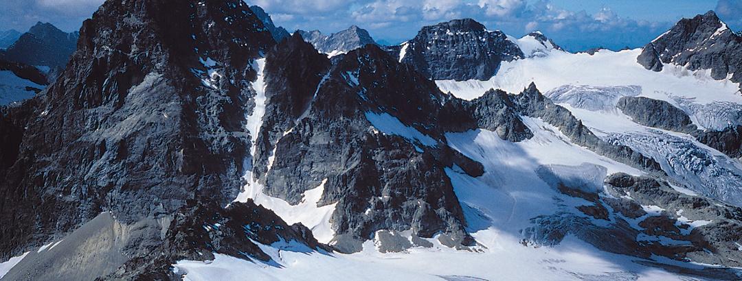 Ochsentaler Gletscher mit Blick auf Piz Buin