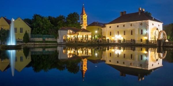 Malom-tó (Mühle-Teich) in der Nacht