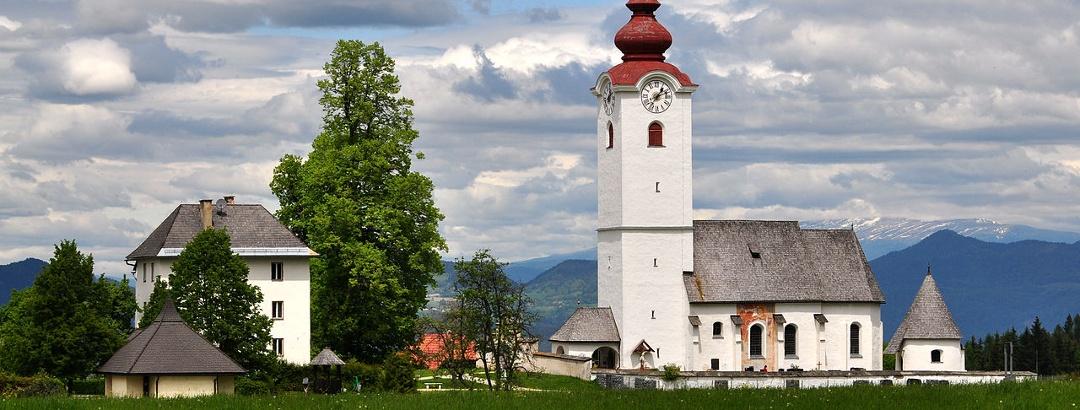 Ortschaft Radsberg mit Kirche des Hlg. Lambert und Pfarrhaus, Südwestansicht
