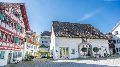 Riegelhaus im Dorfkern, Grüningen