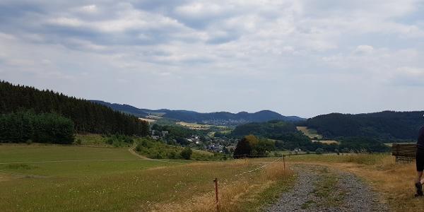 Blick nach Arfeld, Schwarzenau und das Hüttental