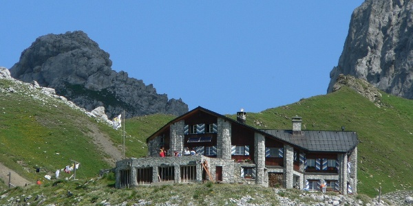 Die Carschinahütte