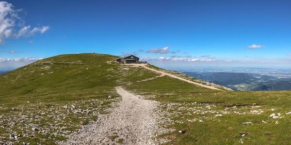 Fischerhütte des Österreichischen Touristenklubs am Schneeberg, eine der wichtigsten Trinkwasserressourcen in Ostösterreich