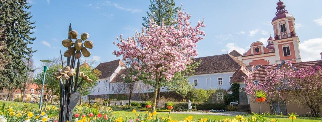 Schlosspark Pöllau im Frühling