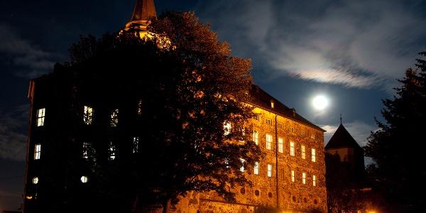 Schloss Mühltroff bei Nacht