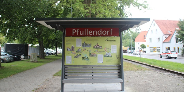 Start am Räuberbahn-Bahnsteig in Pfullendorf