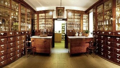 La vecchia farmacia