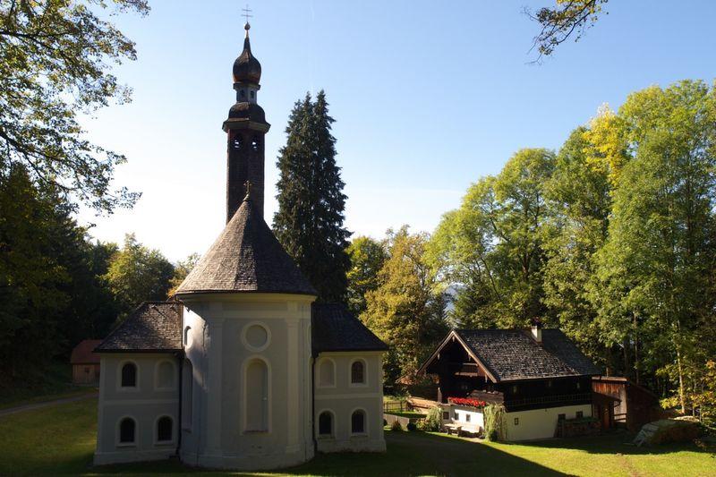 Wallfahrtskirche Kirchwald mit Einsiedelei