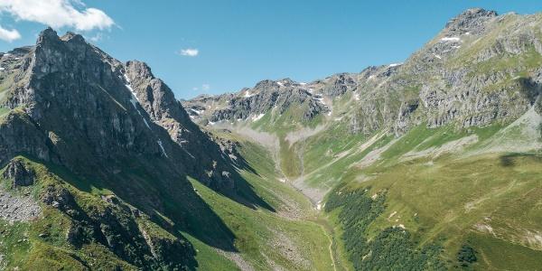Blick auf den Klettersteig der Madrisella
