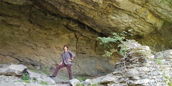 Andreas Sommer (AnimaHelvetia) in der Burgruine Grottenstein