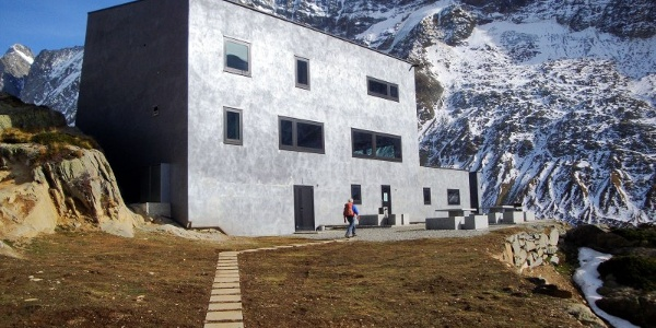 Anenhütte - Bergtour Lötschenlücke