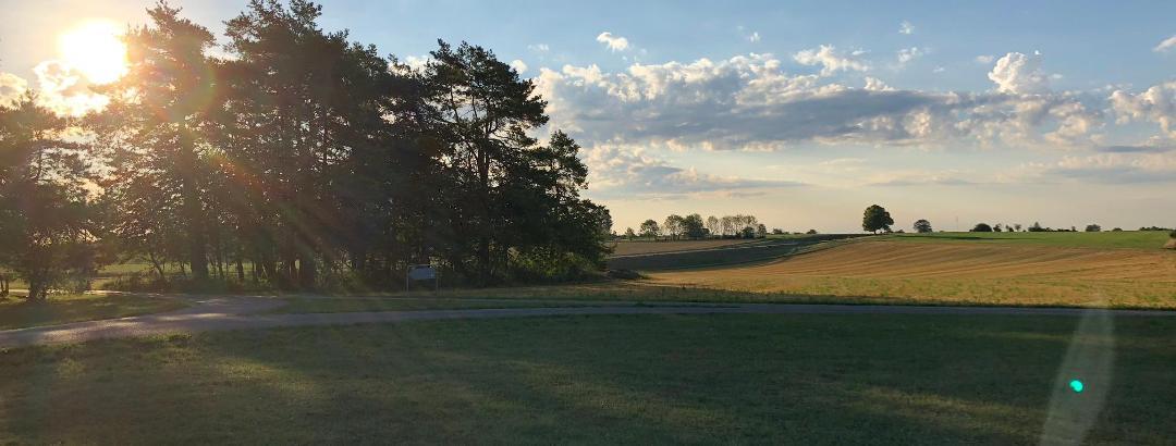 Morgenstimmung am Flugplatz Hayingen