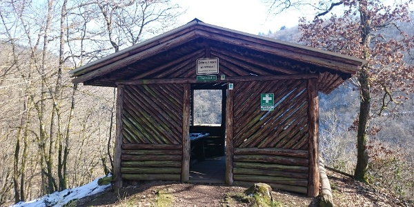 Schutzhütte Weifelsjunk_Vulkaneifel-Pfad: VulkaMaar-Pfad: Etappe 1: Manderscheid-Bettenfeld-Meerfeld