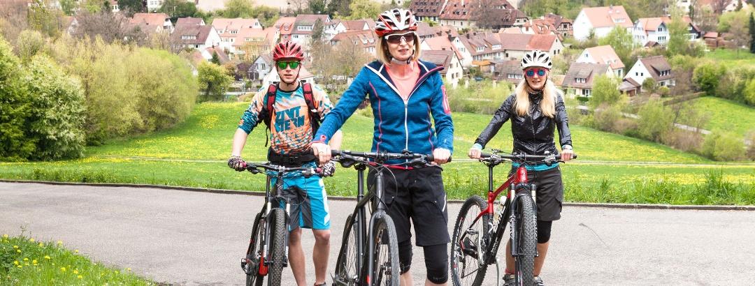 Radfahren durch den Naturpark Schönbuch mit Blick auf Bebenhausen