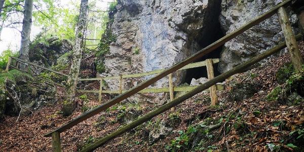 Holzgeländer am Rabenstein