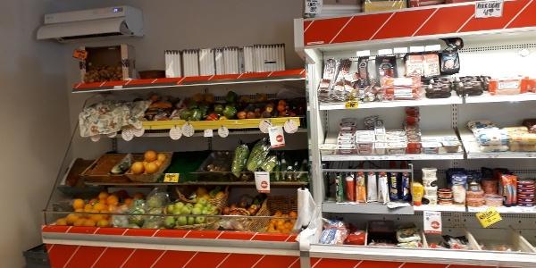 Nära dej, Överturingen. Frukt och mejeriprodukter - och mycket mer!