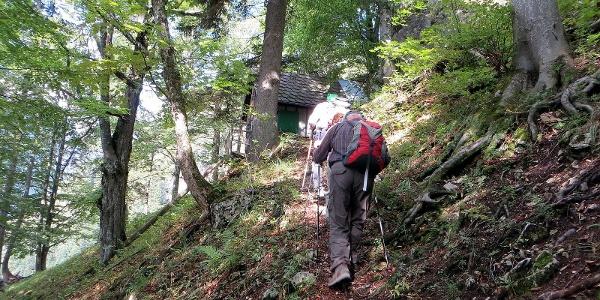 Jagdhütte beim Aufstieg