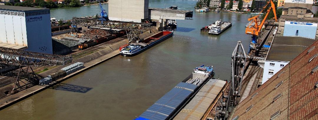 Rheinhafen Basel.