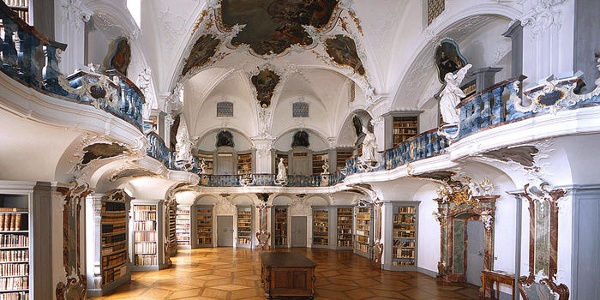 Rokoko Bibliothek