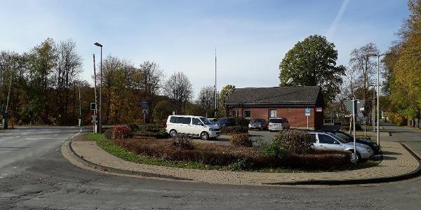 Walkenrieder Bahnhof mit Parkplätzen