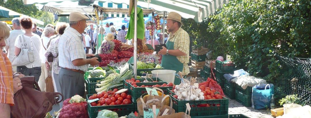 Gemüsestand beim Frickinger Herbstmarkt