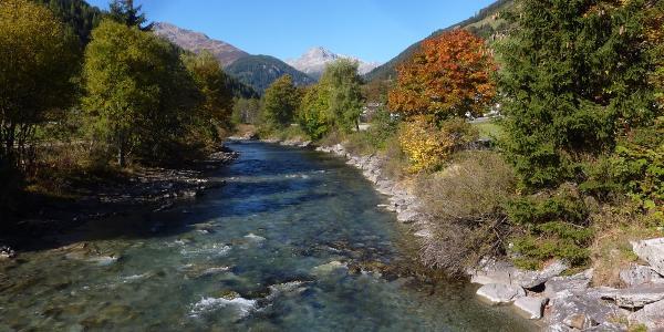 Die Schwarzach in St. Jakob in Defereggen im Herbst
