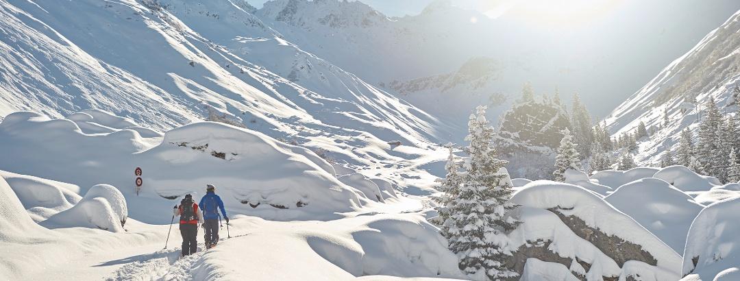 Schneeschuhlaufen in St. Antönien