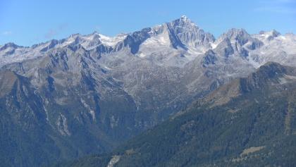 Ostflanke der Cima Presanella von der Brenta gesehen