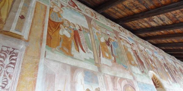 Chiesa di Santo Stefano a Carisolo, affreschi dei Baschenis