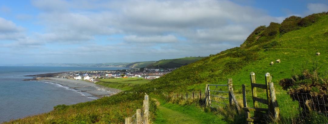 Nahe Aberaeron verläuft der Küstenwanderweg Wales Coast Path