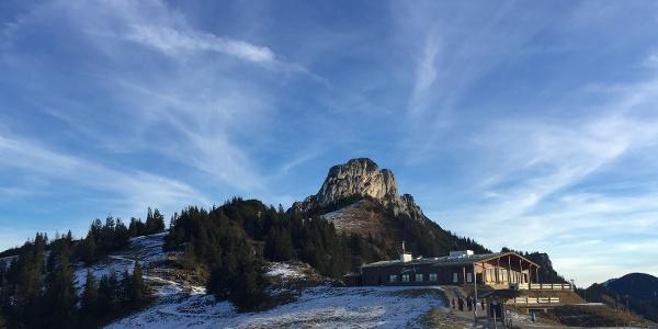 Die Kampenwand von der Bergstation der Kampenwandbahn aus