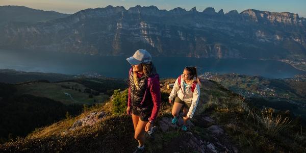 Wanderung 7-Gipfel-Tour mit Churfirsten im Hintergrund