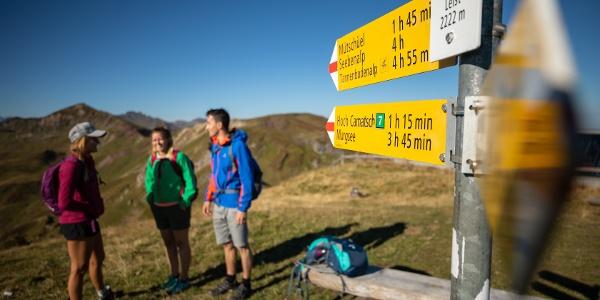 Wegweiser auf der 7-Gipfel-Tour