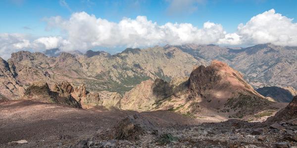 Výhľad zo sedla pod Monte Cintom