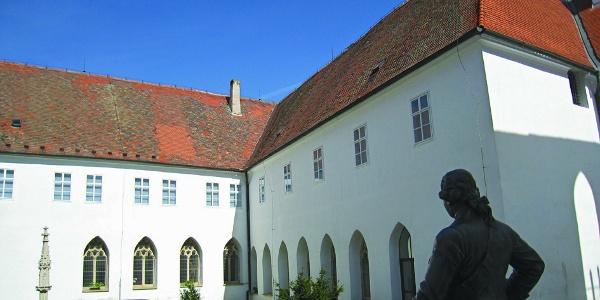 Bývalý minoritský klášter ve Znojmě