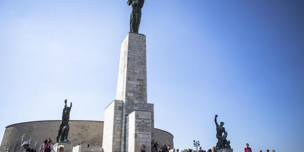 Szabadság-szobor a Gellért-hegyen