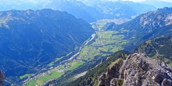 Blick vom Roggelskopf ins Tal