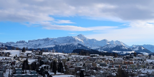 Herisau mit Alpstein-Panorama.