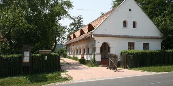 A Breuer László Természetvédelmi Oktatóközpont és Akkreditált Erdei Iskola