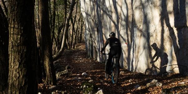 Il sentiero nei pressi della Bocca di Tovo