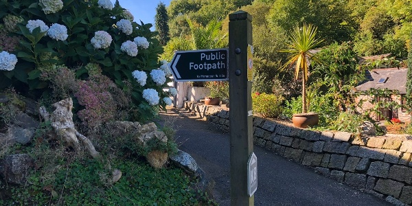 Walk from Trebah Gardens to Coverack