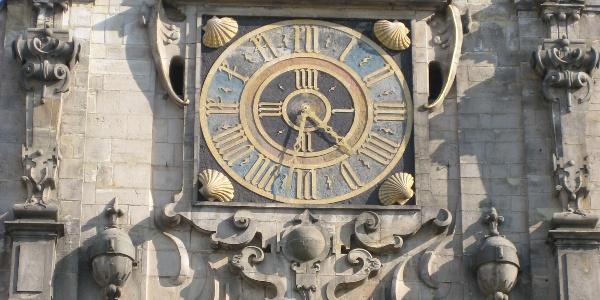 Stadtkirche Bückeburg, Uhr